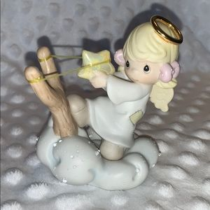 Give it Your Best Shot Precious Moments figurine